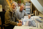 Der Warnemünder Jürgen Brandt und Architekt Enno Zeug prüfen Alternativen für die Mittelmole.