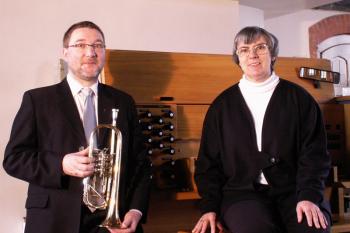 Christiane Werbs (Orgel) und Christian Packmohr (Trompete) spielen am kommenden Sonnabend in der Warnemünder Kirche.