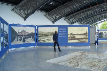 """Ab sofort zu sehen im WCC7: """"Von Warnemünde nach Rostock – eine  Bilderreise stromaufwärts um das Jahr 1900"""""""