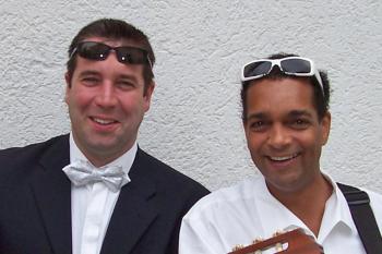 Peter Müller und Larry Harms begeistern ihr Publikum als Duo Belcanto.