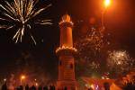 Der Warnemünder Leuchtturm stand zum 15. Mal in Flammen. Foto: Erika Schulz