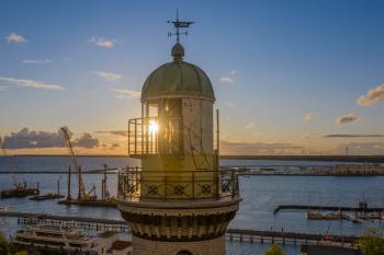 Wegen der Corona-Pandemie bleibt der Leuchtturm Warnemünde bis auf weiteres geschlossen.