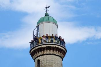 73.918 Besucher erfreuten sich in diesem Jahr an der phantastischen Aussicht auf die Ostsee und Warnemünde.