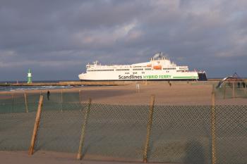 Heute vor einem Jahr gingen die beiden Scandlines-Hybridfährschiffe