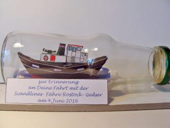 """Buddelschiffe basteln auf dem Schlepper """"Petersdorf"""""""