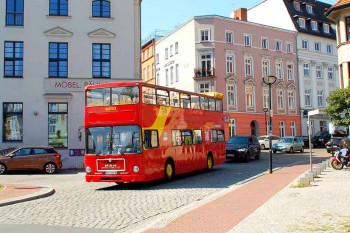 Rostocker Stadtrundfahrt mit dem Doppeldecker-Cabriobus, Foto: Rostocker Stadtrundfahrt